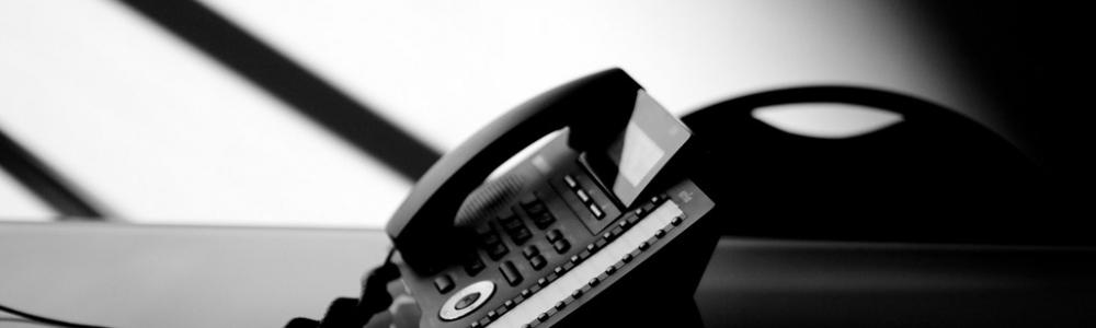 CAI O NÚMERO DE LINHAS DE TELEFONE FIXO NO PAÍS