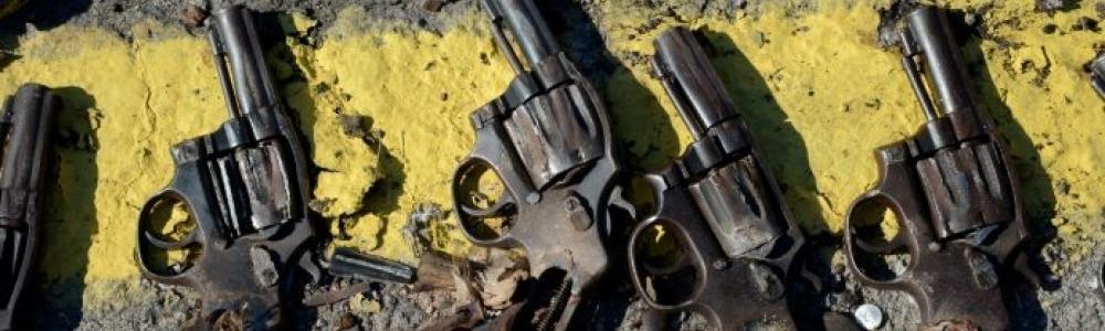 Decreto sobre posse de armas favorece quem tem antecedentes criminais